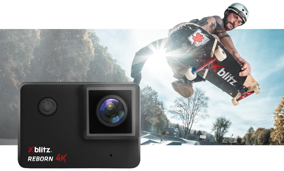 Kamera sportowa z dwoma wyświetlaczami
