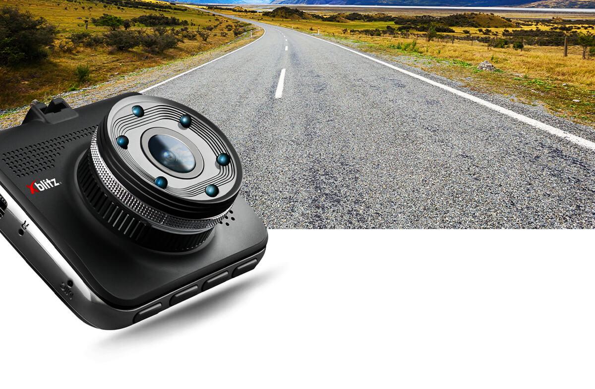 Kamerka samochodowa FULL HD Xblitz z4